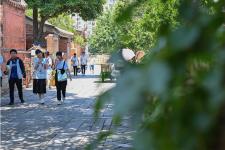 福建省泉州市旅游市場逐漸升溫,游客以學生、年輕人為主