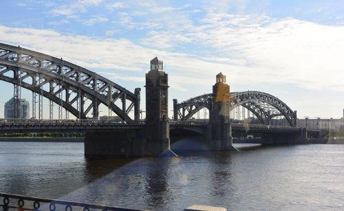 圣彼得堡涅瓦河之桥