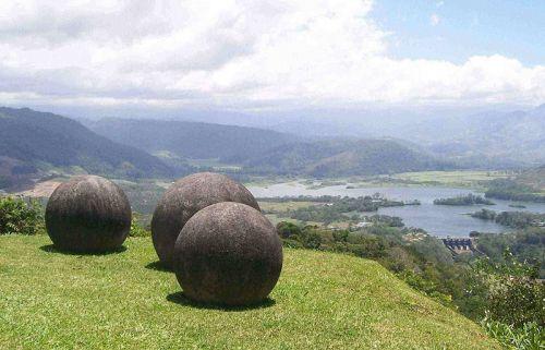 世界未解之谜--哥斯达黎加的石球