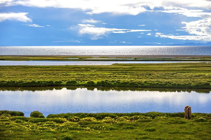 圣湖纳木措湿地美景