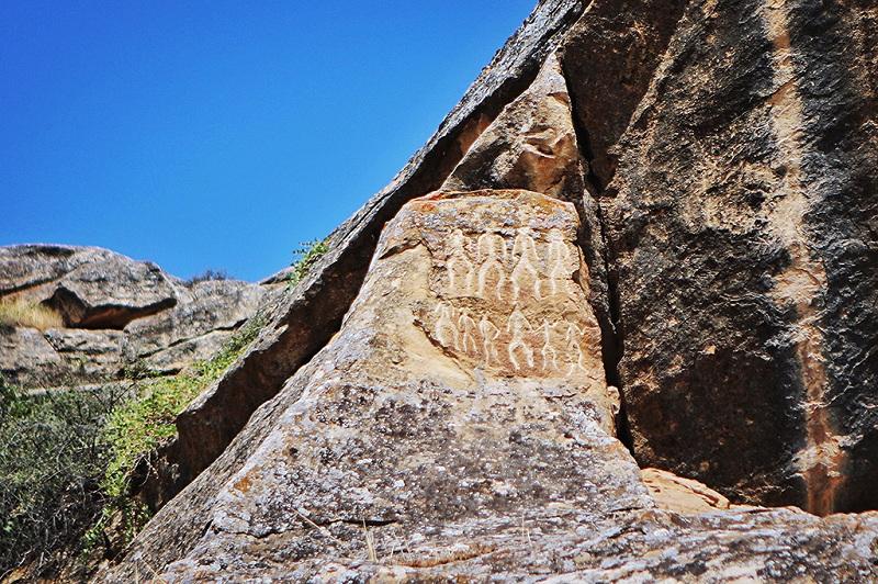 阿塞拜疆巴库古岩画