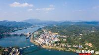 航拍视觉里的广西苍梧京南镇沿河沿河乡村(图)
