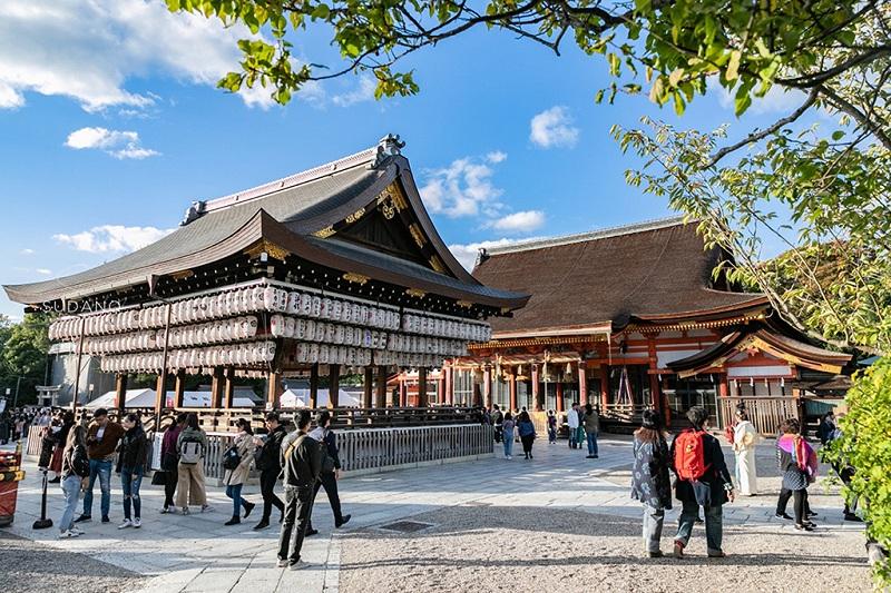 具有中国汉唐风格的日本神社建筑