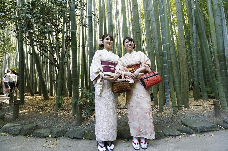日本镰仓和服姐妹