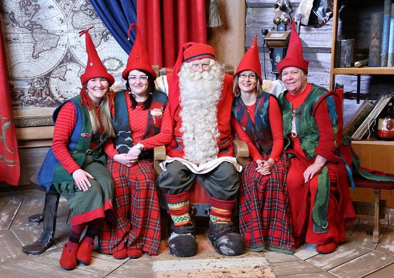 芬兰女人与圣诞老人