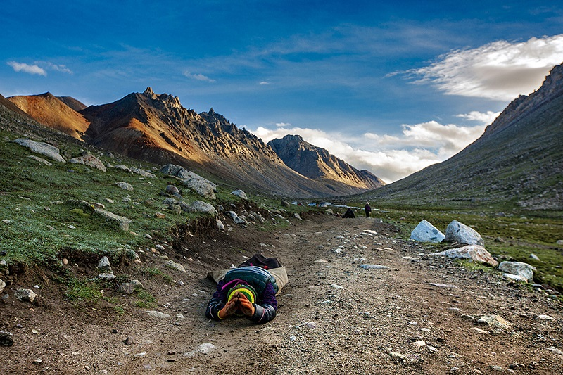 藏族虔诚的转山者