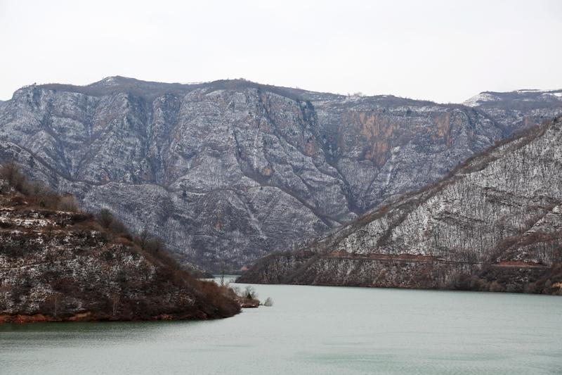 04——2020年11月21日拍摄的甘肃省平凉市崆峒山雪景。