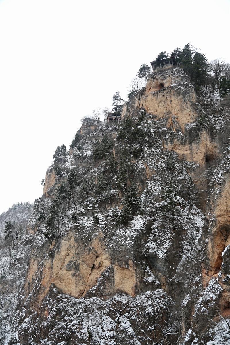 03——2020年11月21日拍摄的甘肃省平凉市崆峒山雪景。
