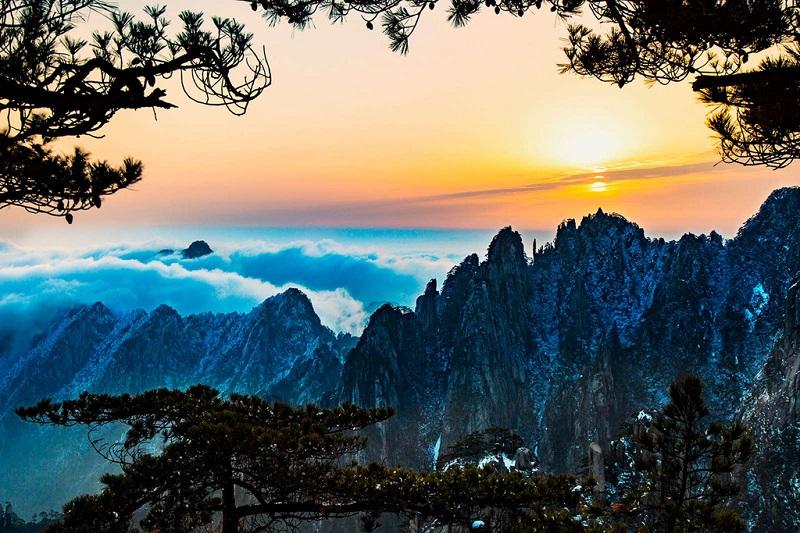 庐山日出美景