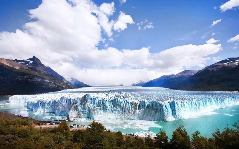 大冰川国家公园内