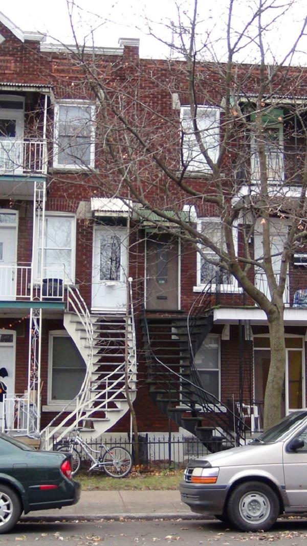 蒙特利尔一大怪,楼榭家家都在外