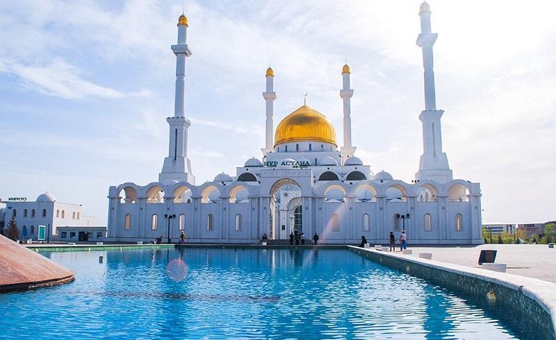 阿斯塔纳清真寺