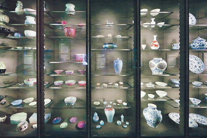 大英博物馆中的中国瓷器展柜