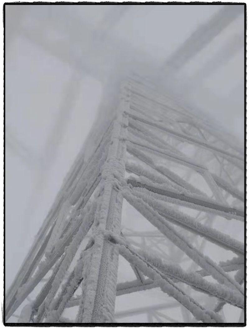 线路覆冰更加严重。范云波