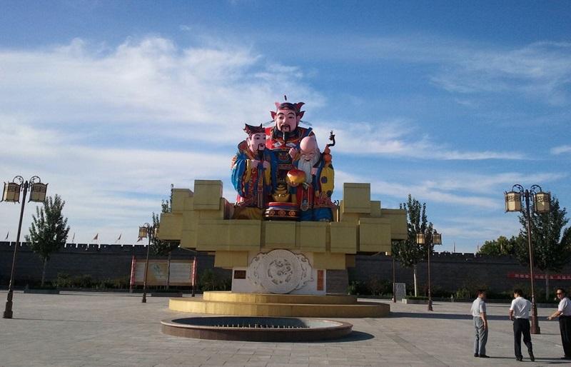 杨家埠村雕塑