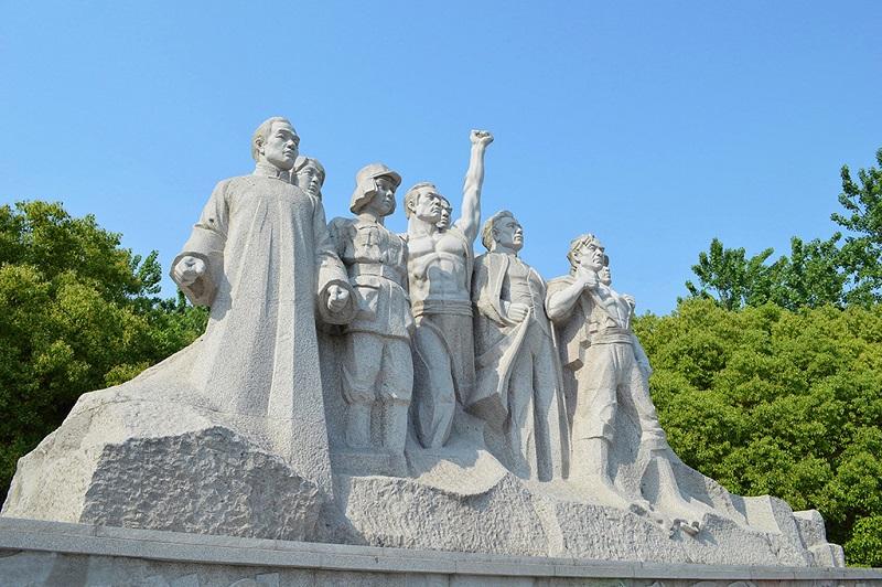 南湖革命先烈群雕
