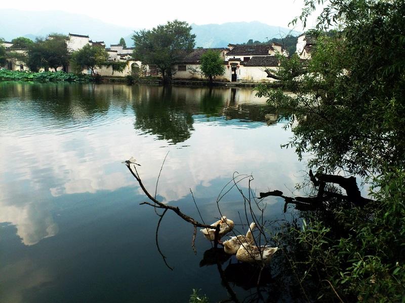歙县渔梁坝村