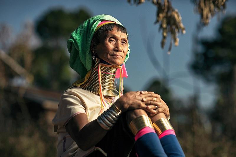 缅甸步岛长颈族妇女