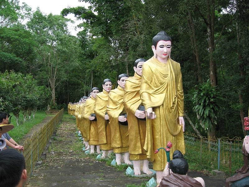 缅甸人的佛像