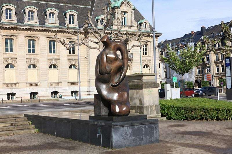卢森堡城市雕塑
