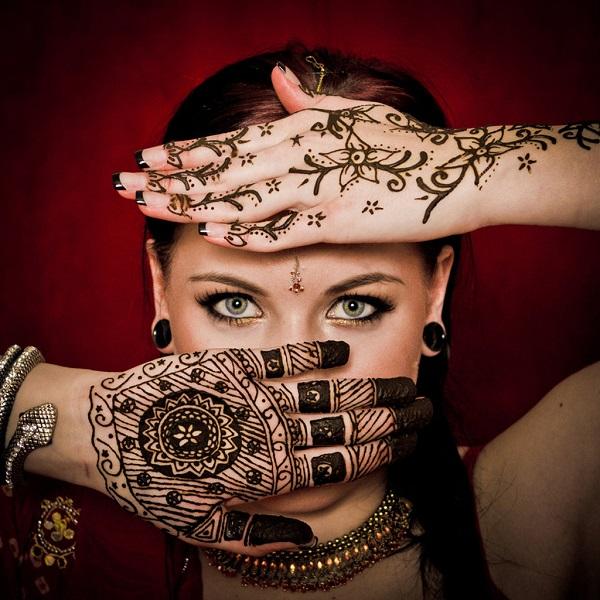 印度女人漂亮的手绘
