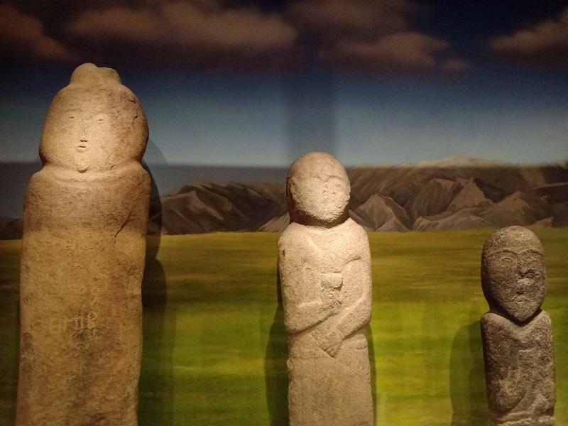 特征明显的草原石人