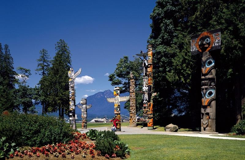 温哥华人的精神之柱--图腾柱