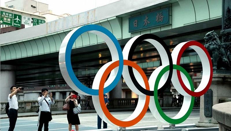 日本桥旁边的奥运五环