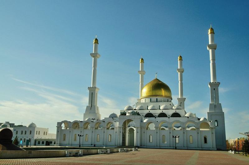努尔阿斯塔纳清真寺