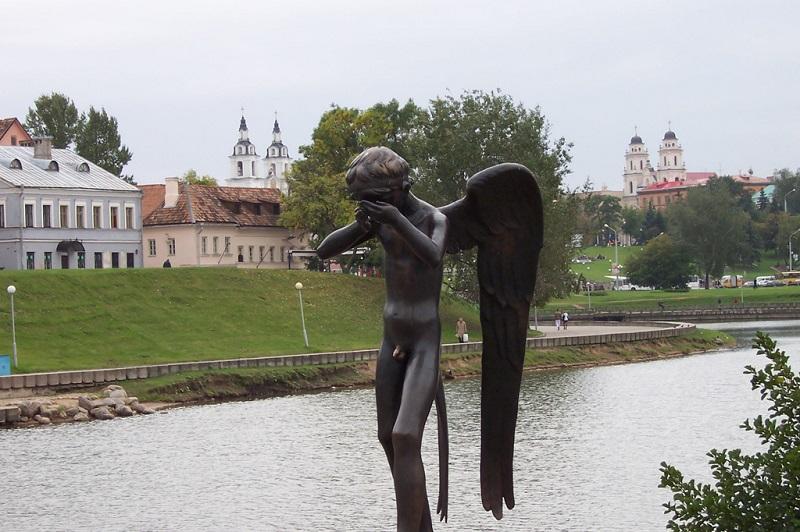 雕塑-哭泣的i小天使