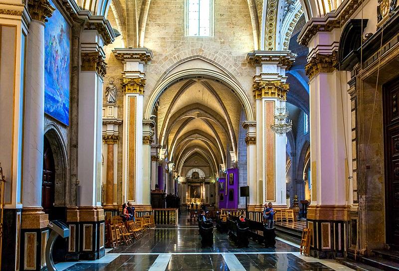 巴伦西亚主教堂大厅