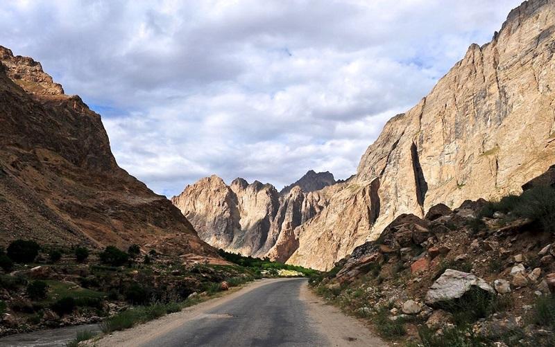 瓦罕走廊巴罗吉尔山口
